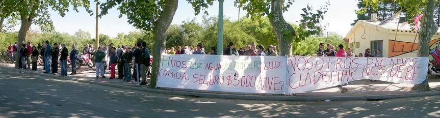 114 familias floridenses piden extensión de seguro de paro delfrigorífico