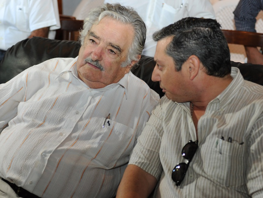 Enciso extraña a Mujica y no le alcanza laplata