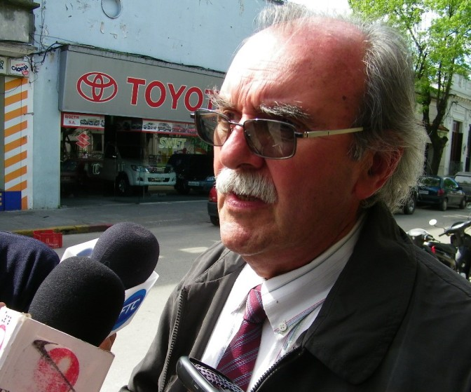 Para Carlos Martínez debe actuar Junta Anticorrupción