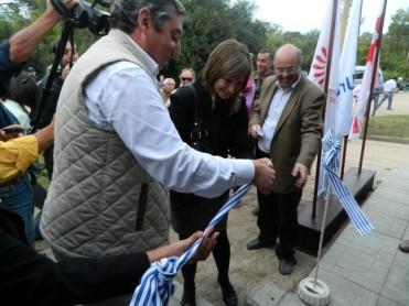 19.03.2013_inauguracion_cabañas_parque_robaina 038