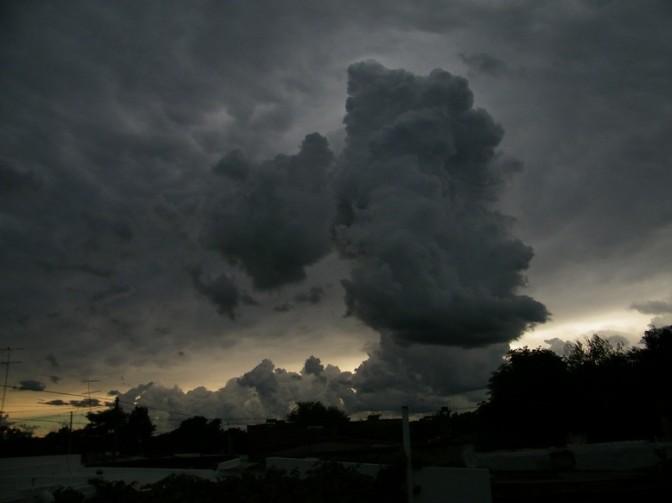 Meteorología advierte por fuertes tormentas y lluvias