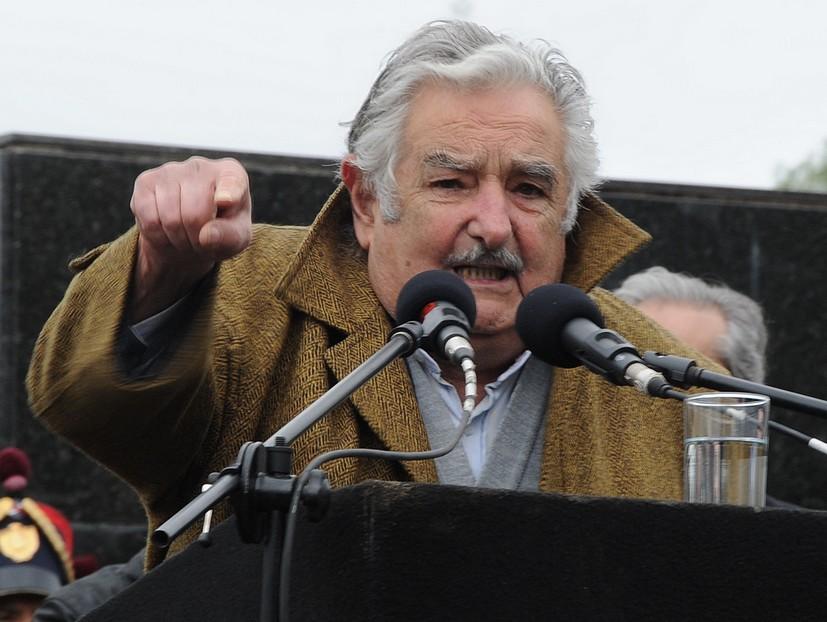"""Mujica llamó a """"estar juntos y más con desafíos electorales"""""""
