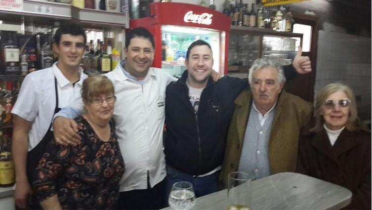 Mujica volvió a pasar por el bar enFlorida