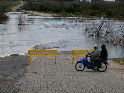 Cayeron 80 milímetros en Sarandí Grande: hay 7 pasoscortados