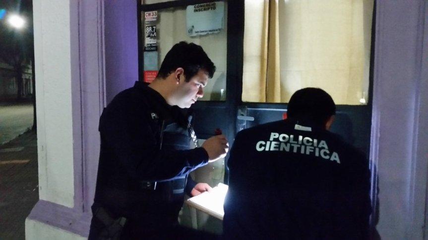 Policía investiga robo en RadioFlorida