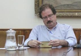 Riva en conferencia de prensa