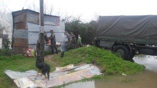El Centro Coordinador de Emergencia trabaja con los primeros evacuados. Foto: @tevemascanal
