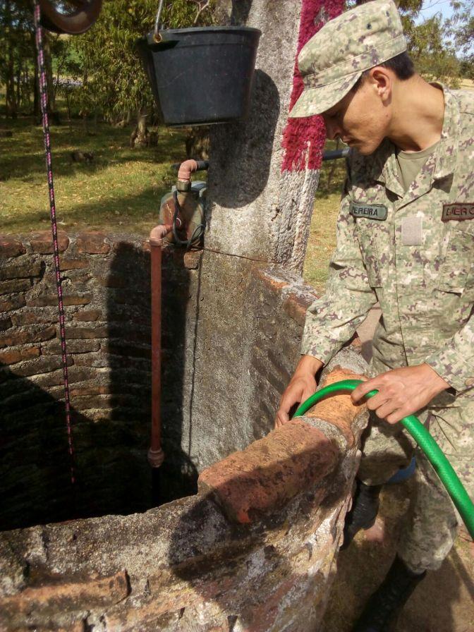 Pozos secos y aljibes vacíos ya recibieron 88.000 litros de agua en Florida
