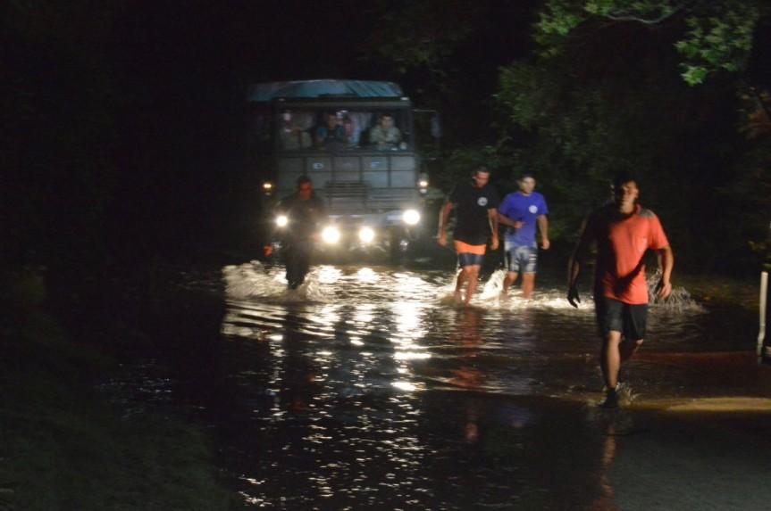 Rescatan cinco personas del campingRobaina