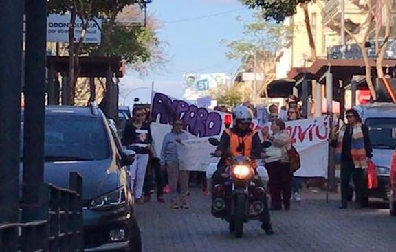 Un mes sin Amparo: marchan en Paysandú y buscan un fin a ladesaparición