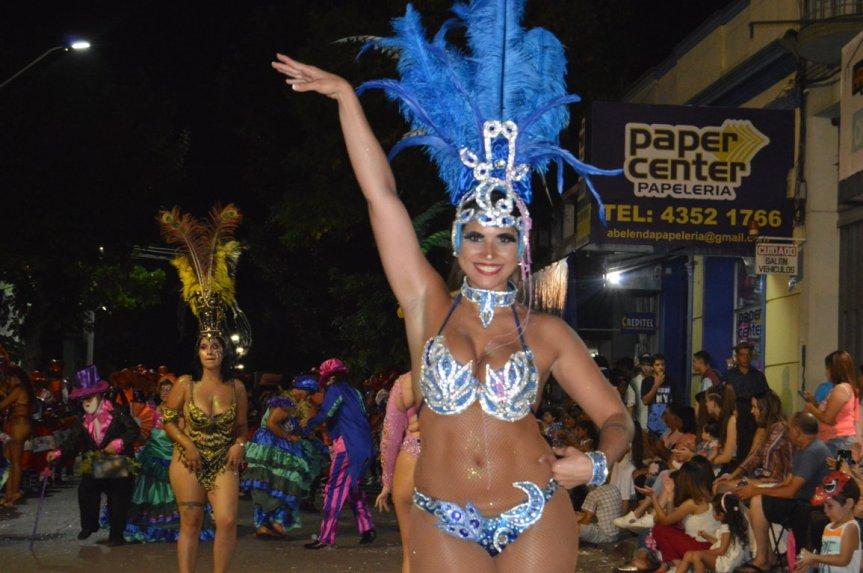 Desfile de carnaval en Florida: lasimágenes
