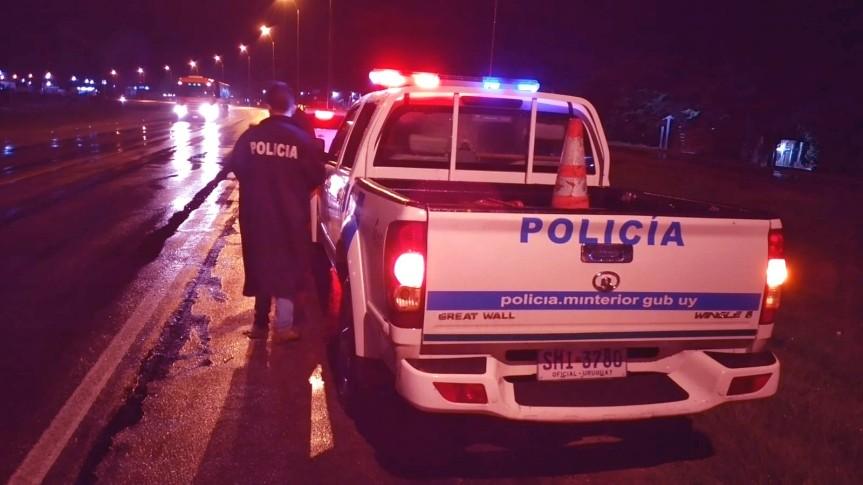 Florida: 127 casos, 11 nuevos, naranja y Policía intervinoaglomeraciones