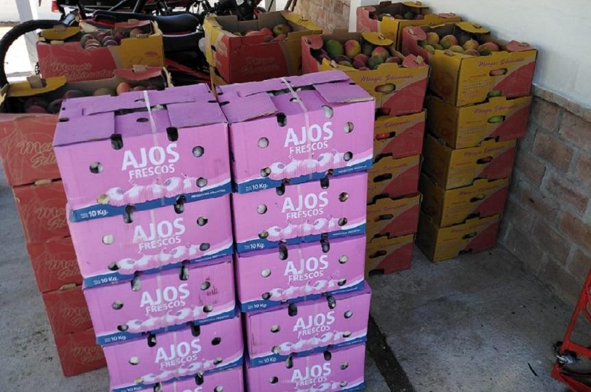 Mango y ajos para todos: incautaron contrabando enCasupá